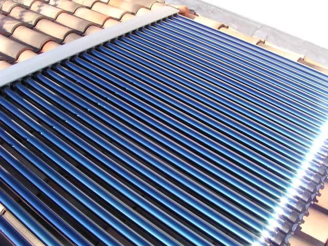 Chauffage solaire thermique : Guide d'achat, Prix et Fonctionnement